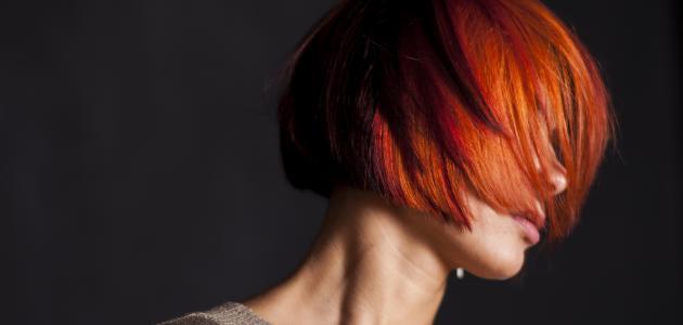 كيفية التخلص من لون الحناء على الشعر