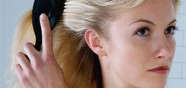 كيف نحمي الشعر من التساقط
