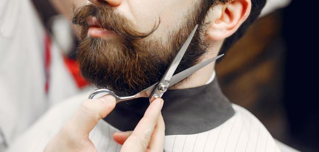 ما هي أفضل طريقة لزيادة كثافة شعر الوجه