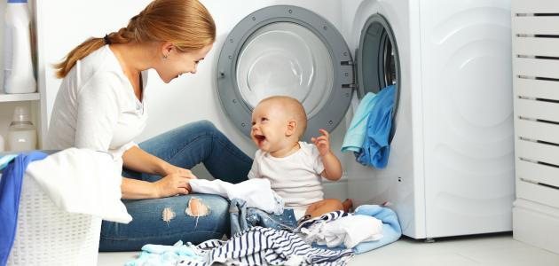كيف أغسل ملابس البيبي
