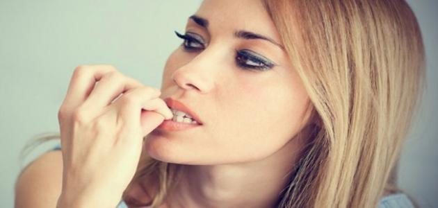 الحالة النفسية في قضم الاظافر