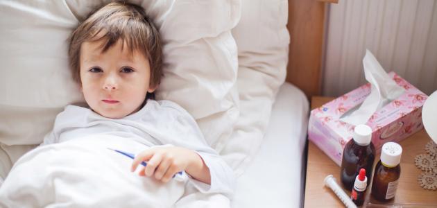 ما أسباب ارتفاع درجة الحرارة عند الاطفال