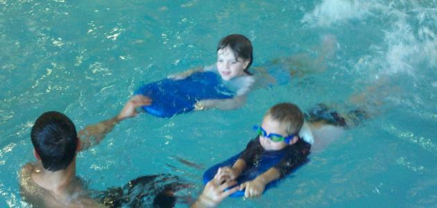كيفية تعلم السباحة للمبتدئين