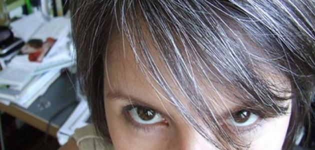 ما أسباب شيب الشعر المبكر