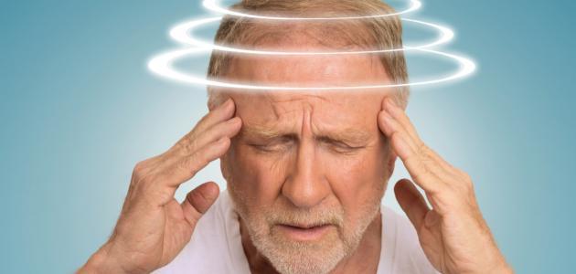 ما أسباب دوار الرأس