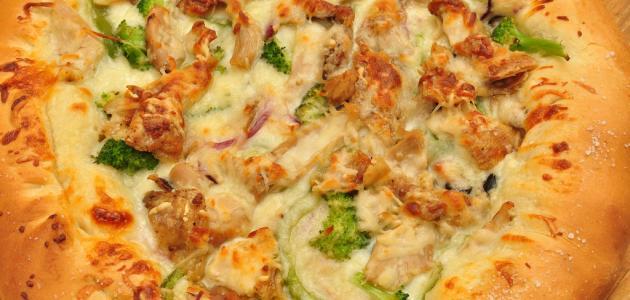 عمل بيتزا الدجاج