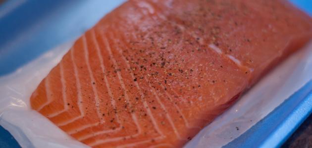 كيف اطبخ سمك السلمون
