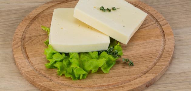 طريقة غلي الجبنة البيضاء