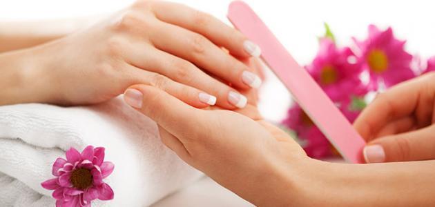 كيف أعتني بأظافر يدي