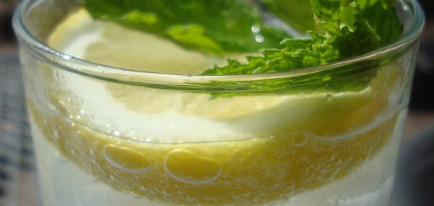 عمل عصير ليمون بالنعناع