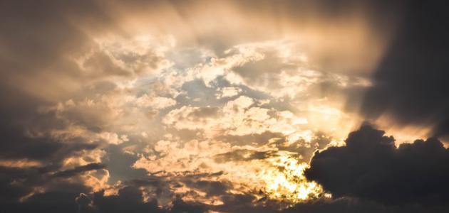 ما أهم سمات الحديث القدسي