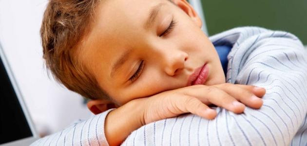 ما هو عدد الساعات الكافية للنوم