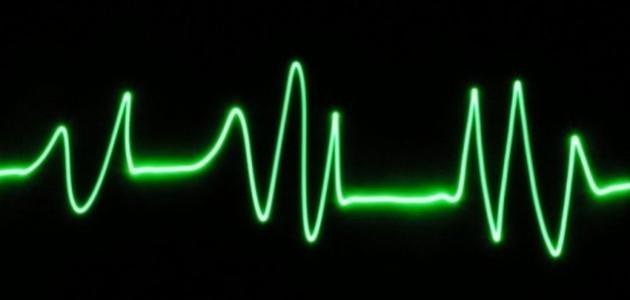 ما هو سبب تسارع دقات القلب