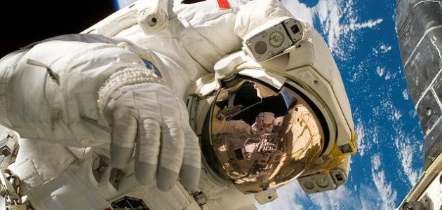 لماذا يرتدي رواد الفضاء ملابس خاصة