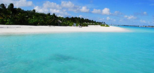 بماذا تشتهر جزر المالديف