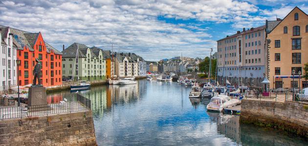 ما هو نظام الحكم في النرويج