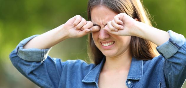ما هي أسباب حساسية العين