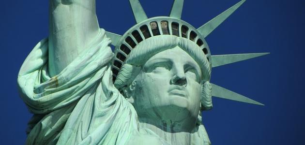أين يقع تمثال الحرية