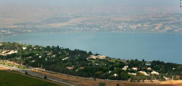 أين تقع بحيرة طبريا