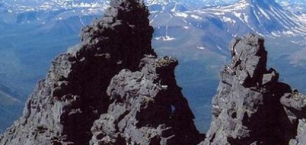أين تقع سلسلة جبال الأورال
