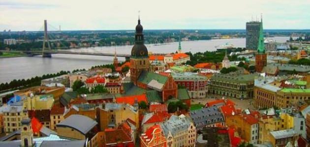أين تقع لاتفيا