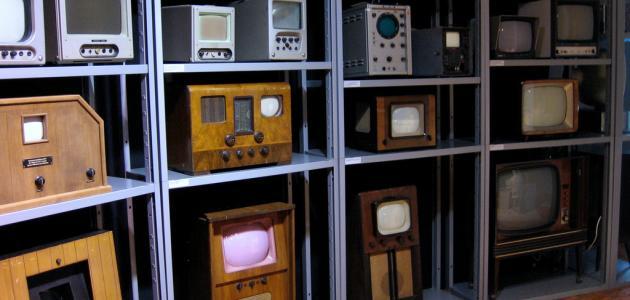 متى اخترع التلفاز