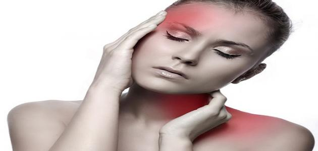 ما هي أعراض الصداع النصفي