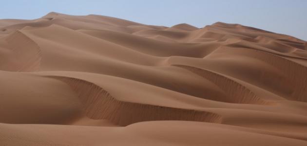 أين تقع صحراء الربع الخالي