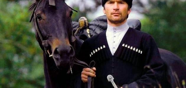 من هم القوقازيون