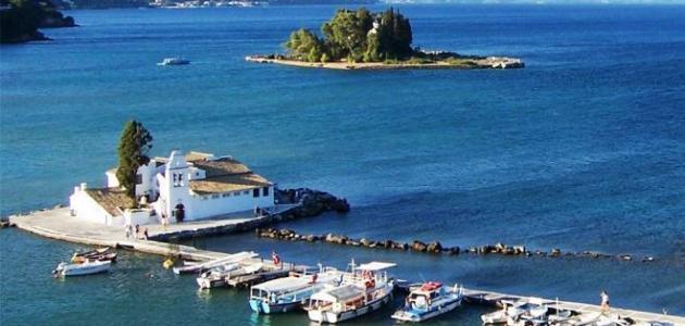 أين تقع جزيرة كريت