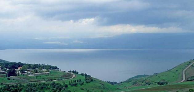 أين توجد بحيرة طبريا