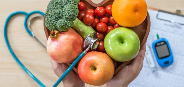 ما هو معدل السكر الطبيعي في الدم بعد الأكل موضوع