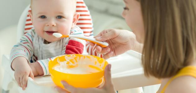 ما هو غذاء الطفل فى الشهر السادس