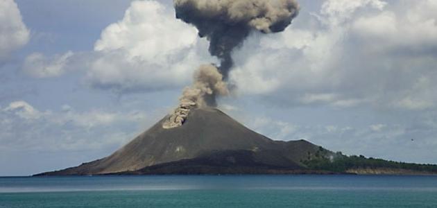 ماذا يحدث عندما يثور البركان