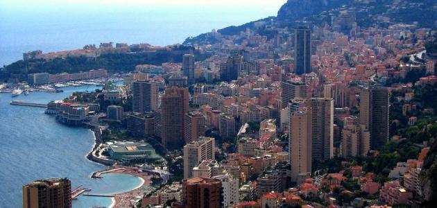 ما هو نظام الحكم في موناكو