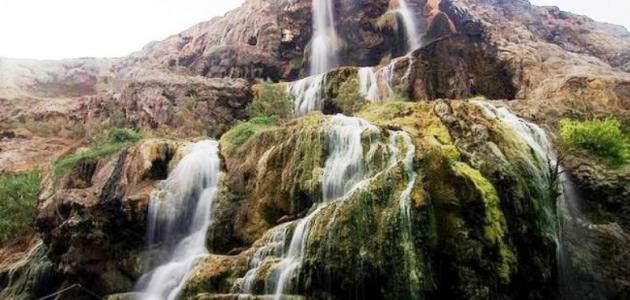 أين تقع حمامات ماعين في الأردن
