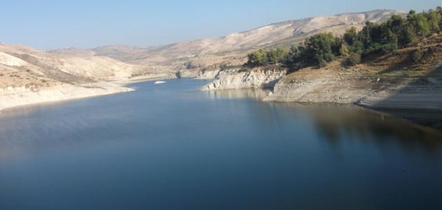 أين يقع سد وادي العرب