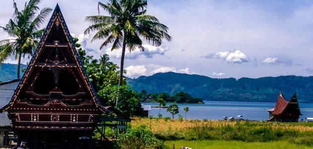 أين تقع جزيرة سومطرة