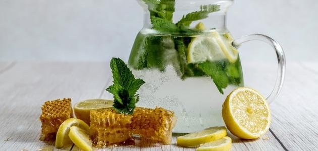 فوائد الماء والليمون على الريق
