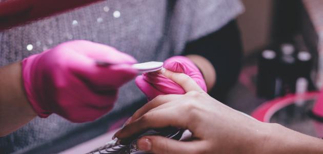 طريقة برد الأظافر