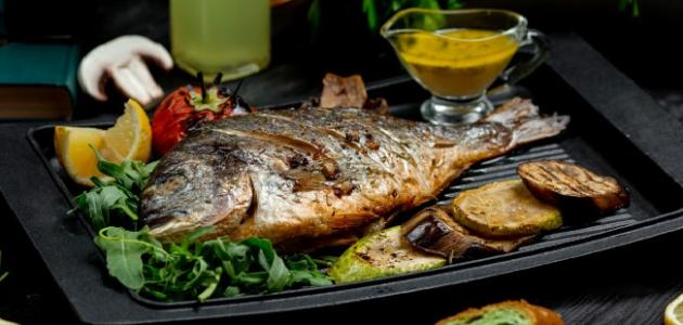 طريقة شوي السمك بالفرن
