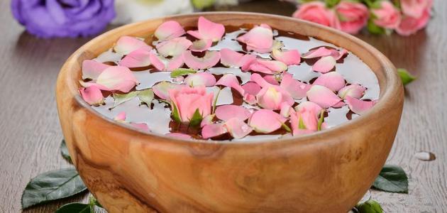 فوائد ماء الزهر للوجه