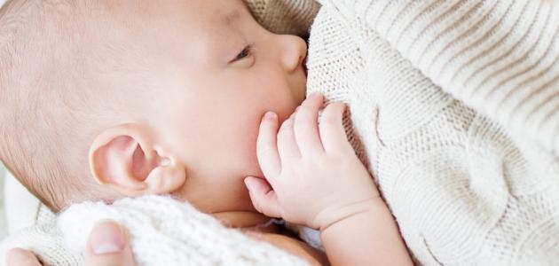طريقة فطام الطفل عن الرضاعة الطبيعية