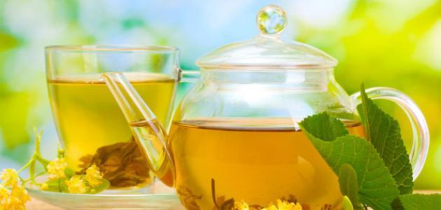 فوائد الشاي الأخضر للبشرة الدهنية