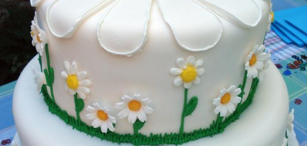 طريقة عجينة السكر لتغطية الكيك