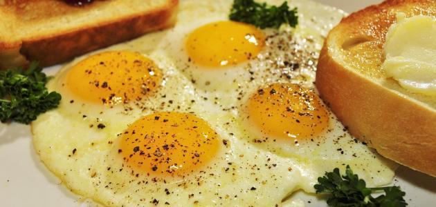 أفضل طريقة لقلي البيض