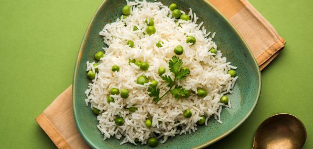 طريقة تحضير أرز أبيض بالبازلاء