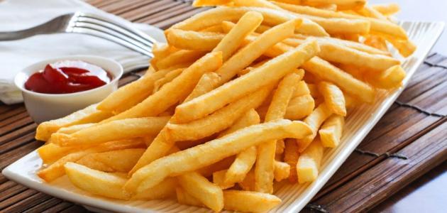 طريقة قلي البطاطس بدون زيت موضوع