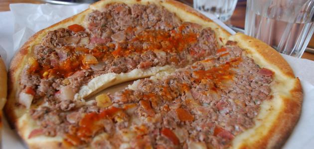 طريقة عمل اللحم بعجين
