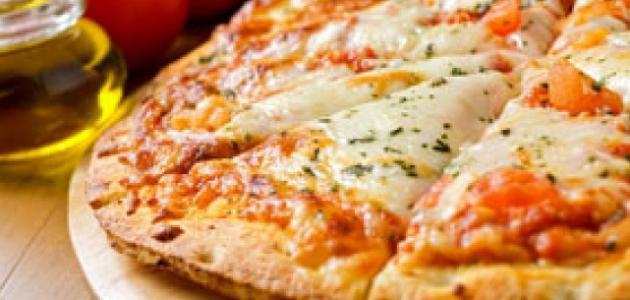 طريقة عجينة البيتزا الطرية